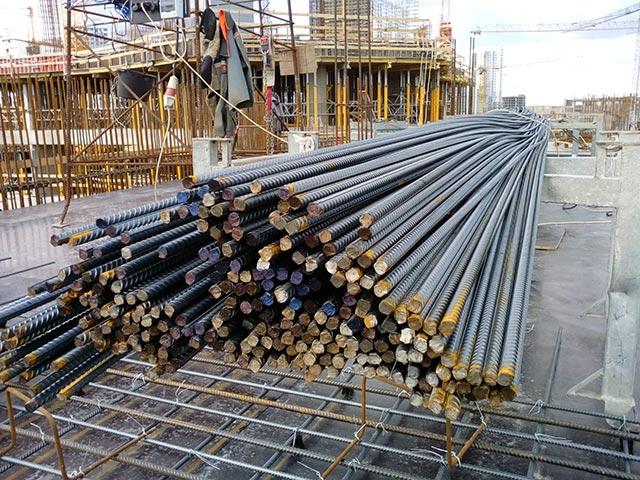 Рифленая стальная арматура А500С весом 3 тонны
