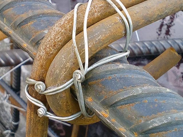 узел связки арматуры проволокой