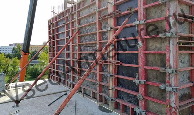 строительство бетонной стены